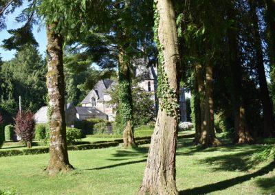 Pilgrim-Players-Lawn-Landscape-Image